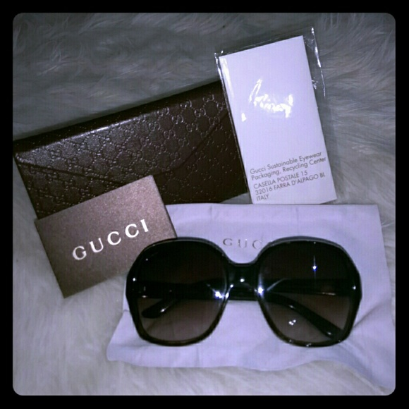 d71556e0988 Gucci Accessories - Authentic classic style sun glasses mint condition